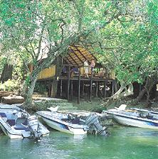 Ichingo Chobe River Lodge Namibia boats