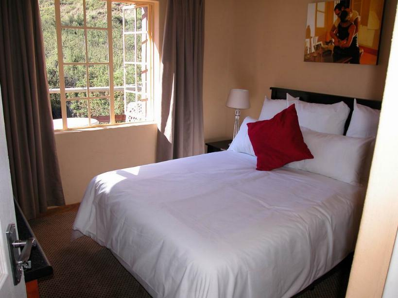 Maliba River Lodge Butha-Buthe, Lesotho: double room