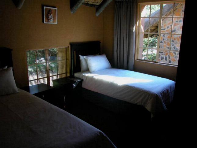 Maliba River Lodge Butha-Buthe, Lesotho: twin room